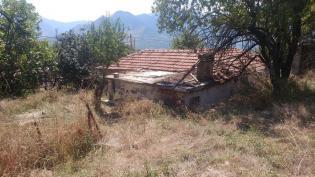 Πωλείται οικόπεδο με σπίτι στην Πορτή Καρδίτσας