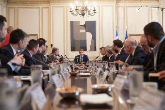 """Σημαντικά θέματα στο """"τραπέζι"""" στη συνάντηση Μητσοτάκη με τους Περιφερειάρχες"""