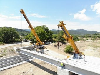 Σε εξέλιξη οι εργασίες κατασκευής της νέας γέφυρας στο Πουρί Αγιοκάμπου