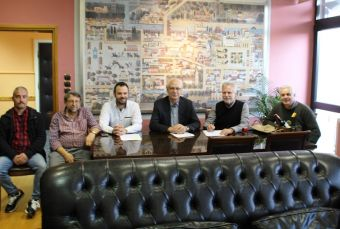 Ανακατασκευάζει 23 παιδικές χαρές ο Δήμος Λαρισαίων