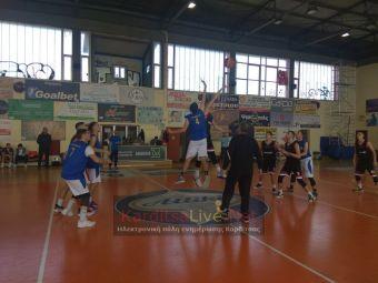 Στα πρoημιτελικά του μπάσκετ τα αγόρια του 2ου ΕΠΑΛ Καρδίτσας (+Φώτο)