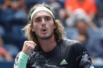 ATP Finals: Έσπασε το... ρόδι ο Τσιτσιπάς απέναντι στον Μεντβέντεφ!