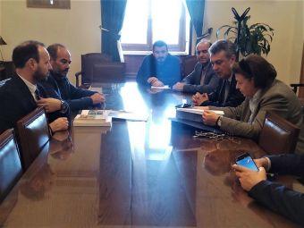 Σύσκεψη Γ. Κωτσού με Λ. Μενδώνη παρουσία του Δημάρχου Μουζακίου Φ. Στάθη και διοικητικών αξιωματούχων στο ΥΠ.ΠΟ.