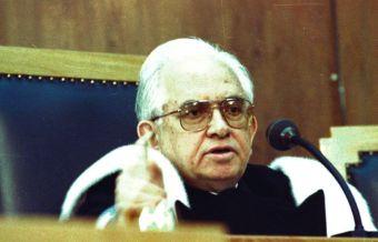 Απεβίωσε ο πρώην πρόεδρος του Αρείου Πάγου Βασίλης Κόκκινος