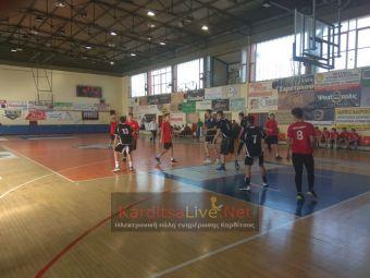 Πρόκριση στα προημιτελικά του μπάσκετ για τα αγόρια του 4ου ΓΕΛ Καρδίτσας (+Φώτο)