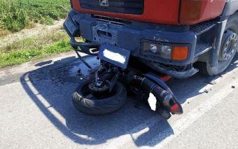 Ημαθία: Νεκρός νεαρός μοτοσικλετιστής - Έπεσε πάνω σε φορτηγό