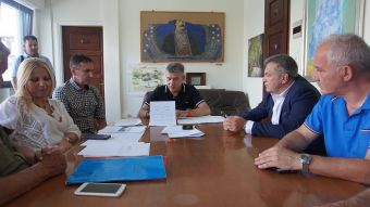 Υπογράφηκε η σύμβαση για την ανακατασκευή της γέφυρας Ζαγοράς