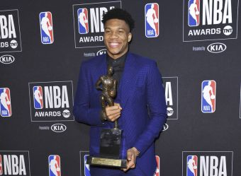 Κορυφαίος παίκτης στο NBA αναδείχθηκε ο Γιάννης Αντετοκούνμπο!