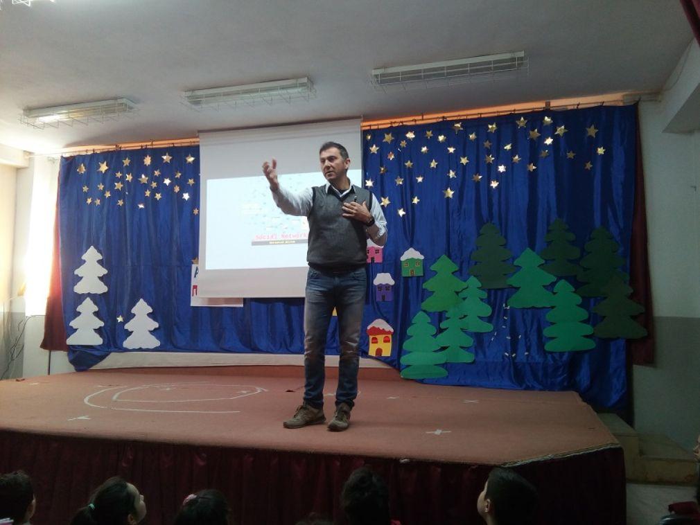 10ο Δημοτικό Σχολείο Καρδίτσας: Ασφαλής χρήση του διαδικτύου σε μικρές ηλικίες