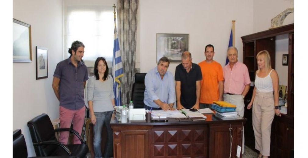 Υπογράφτηκε η σύμβαση για την απομάκρυνση επικίνδυνων κτισμάτων από το Ροπωτό Τρικάλων