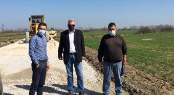 Αυτοψία Σκάρλου στα έργα αγροτικής οδοποιίας στη Δ.Ε. Σοφάδων