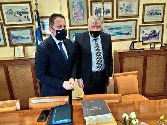 Συνάντηση του προέδρου ΠΕΔ Θεσσαλίας με τον αναπληρωτή Υπουργό Εσωτερικών Στέλιο Πέτσα