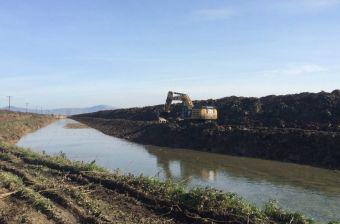 Ξεκινούν τα αντιπλημμυρικά έργα από τη γέφυρα Τρικάλων - Καρδίτσας μέχρι τη γέφυρα Κουτσόχερου