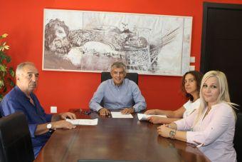 Υπογράφηκε η σύμβαση για αντιπλημμυρικά έργα σε Βλοχό και Πέτρινο