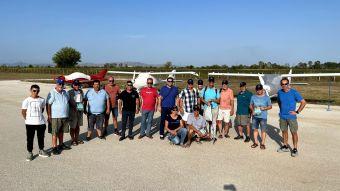 Αερολέσχη Καρδίτσας: Άφιξη 9 Γερμανών τουριστών - αεραθλητών στο αεροδρόμιο Μυρίνης με έξι αεροσκάφη