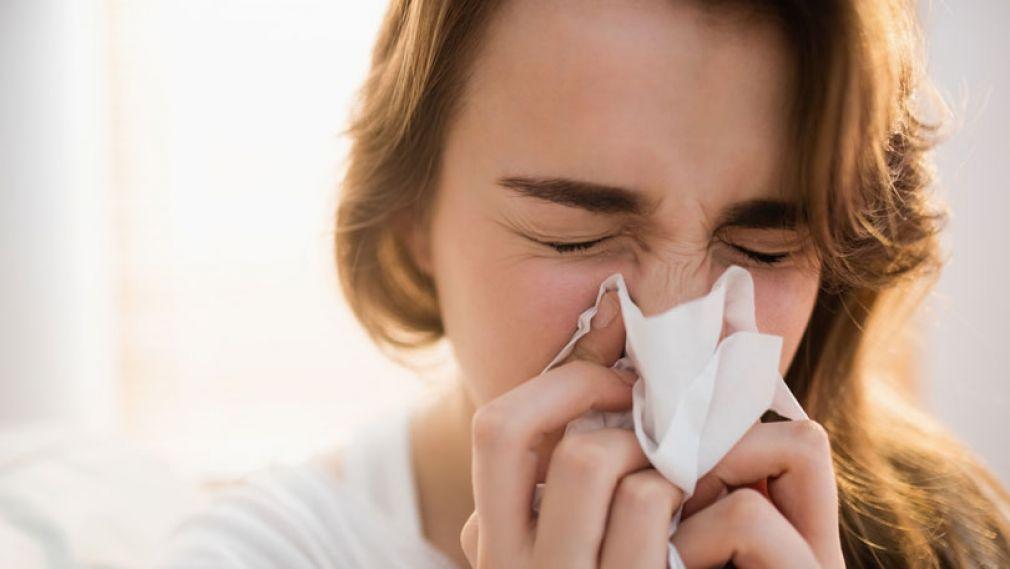 Γρίπη ή κρυολόγημα; Ποιες οι διαφορές τους; Ο εμβολιασμός και τα αντιικά φάρμακα